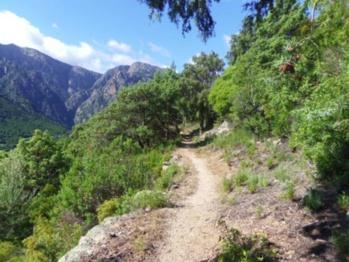 Le Plan départemental des itinéraires de promenade et de randonnée (PDIPR) : l'expérience sur le territoire de la Corse du Sud